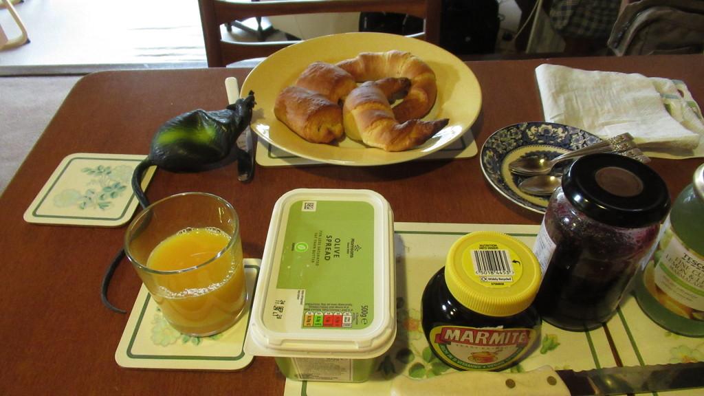 croissant envy by anniesue