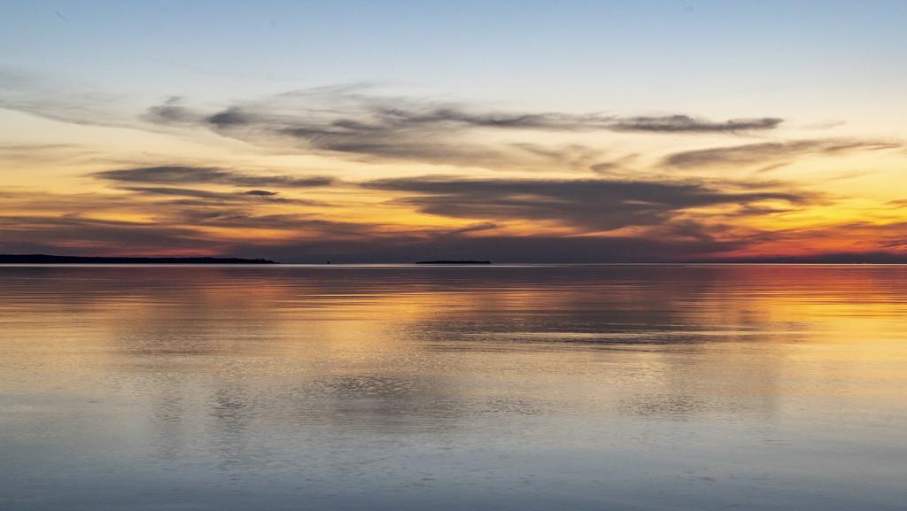 Soft Sky, Calm Lake by taffy