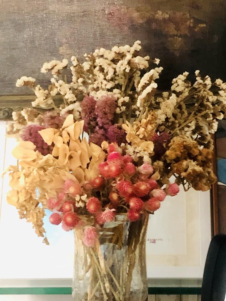 Dried Flowers by veengupta