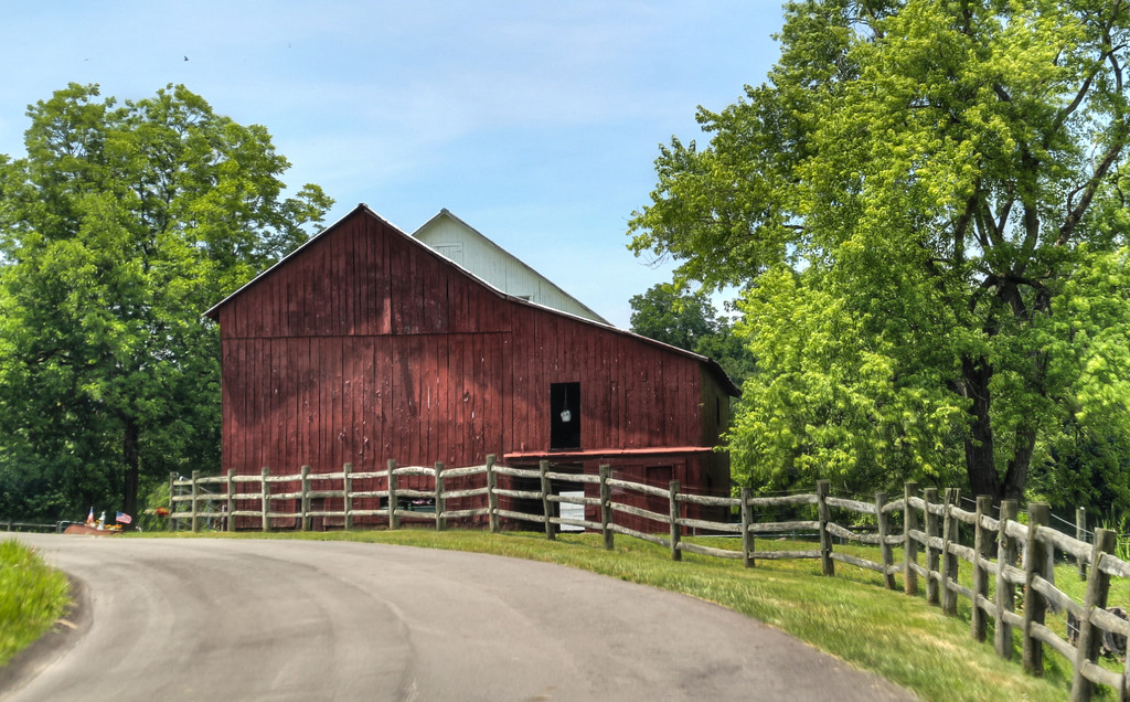 Barn by the road by mittens