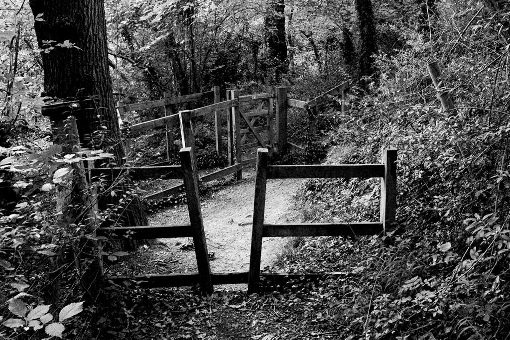 Two Gates by allsop