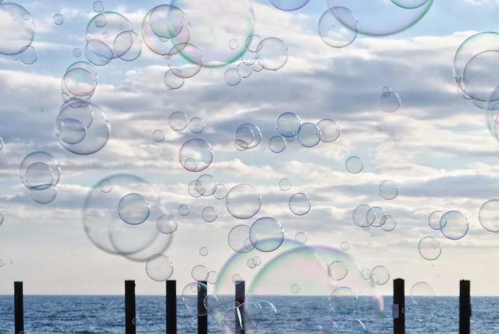 I could burst a million bubbles (Circles) by 4rky
