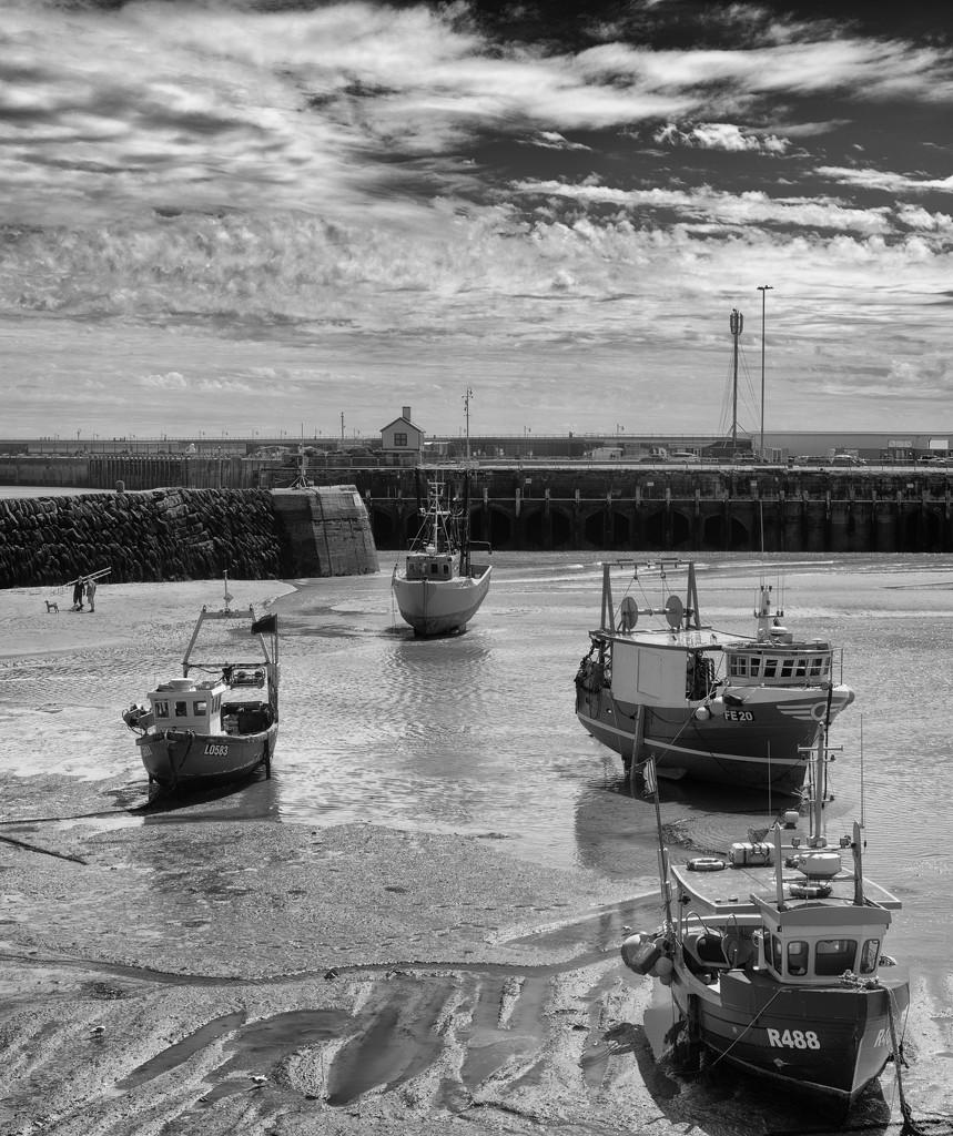 Folkestone Harbour by fbailey