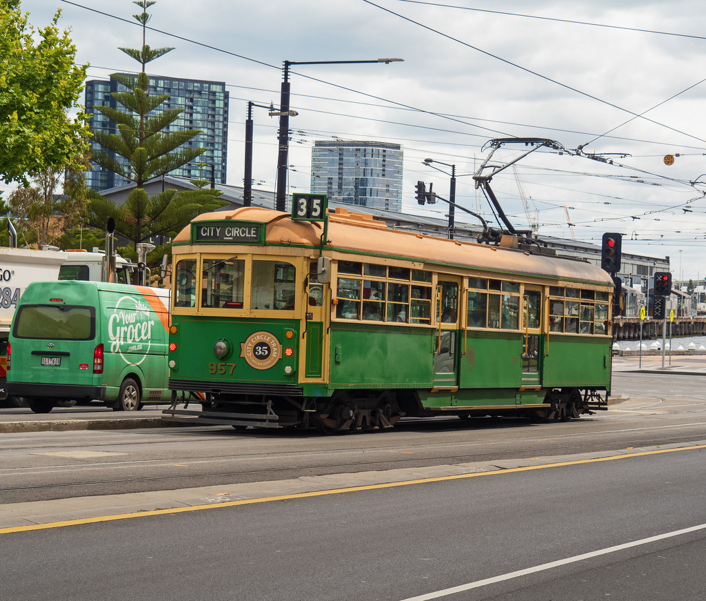 Old Time Trams on the City Circle Line by ianjb21