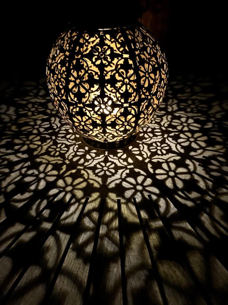 Globe light by pamknowler