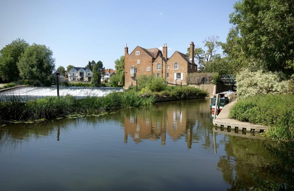 Cropthorne Mill by photopedlar