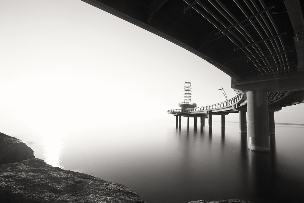 Misty Morning at the Pier by pdulis