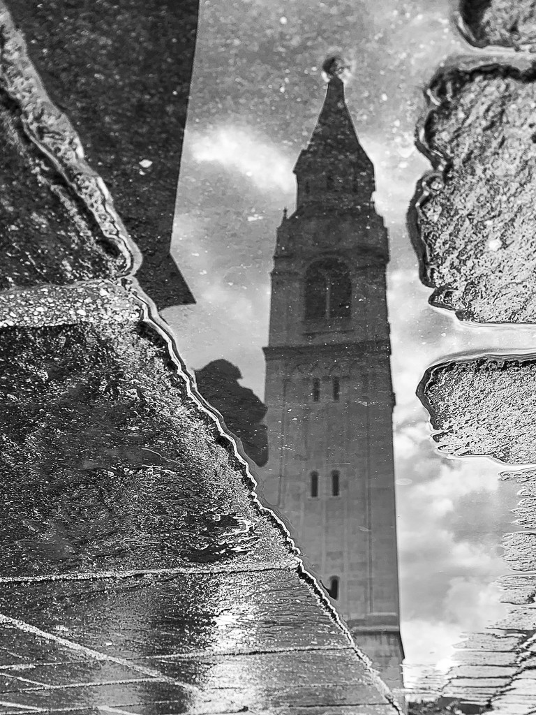 Reflection of the bell tower  by caterina