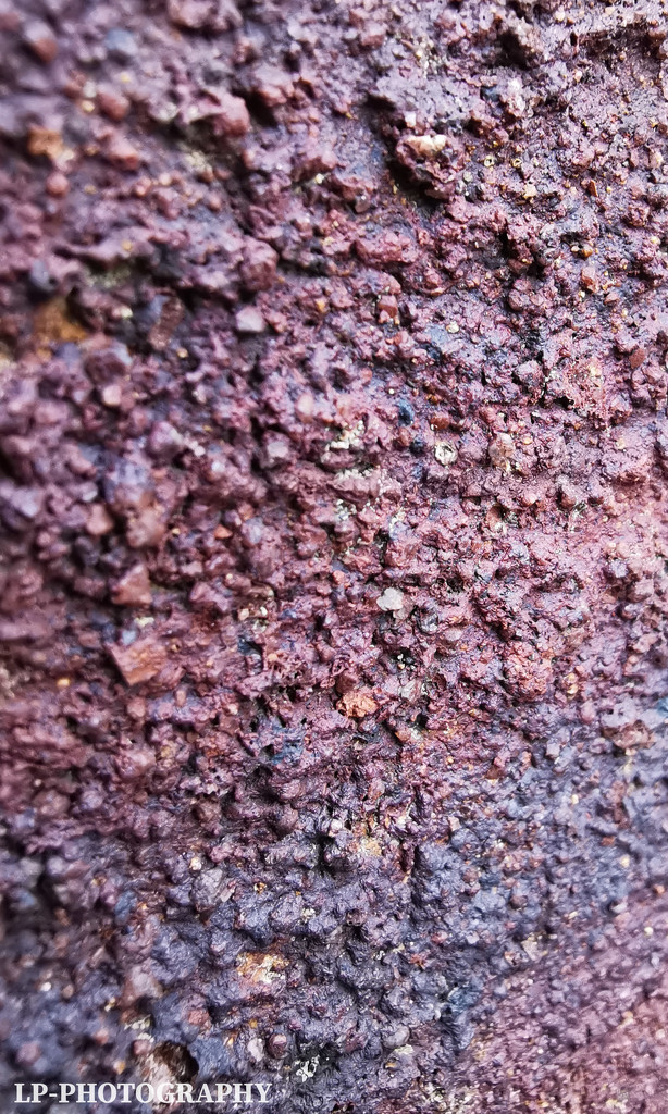 Red Brick by tiredpanda