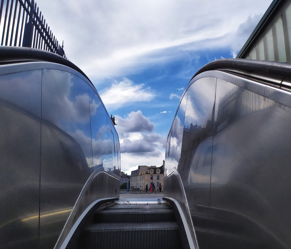 Escalator to heaven? by dustyloup