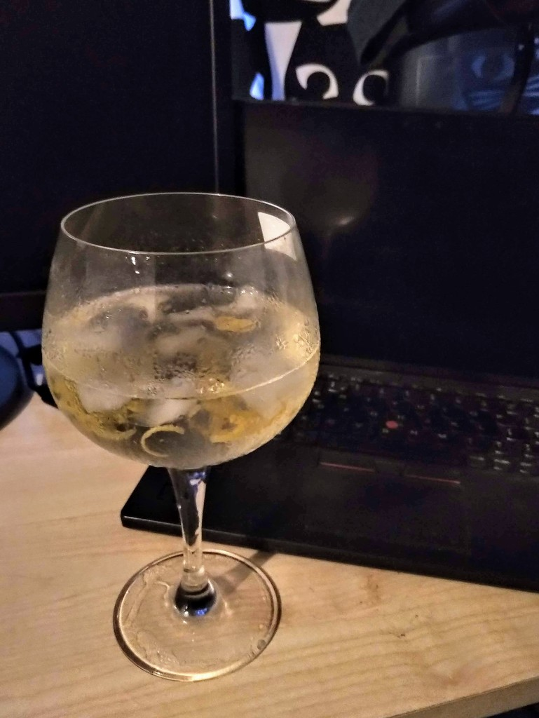 End of work gin by boxplayer