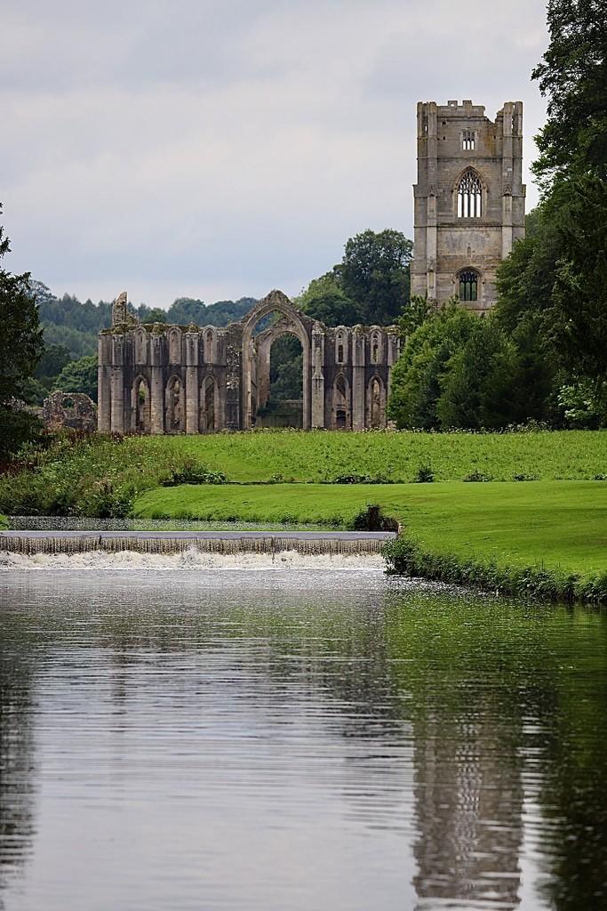 Fountains Abbey by carole_sandford