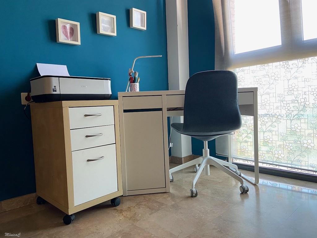 New working corner by monicac