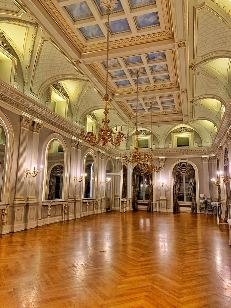 Bal room.  by cocobella