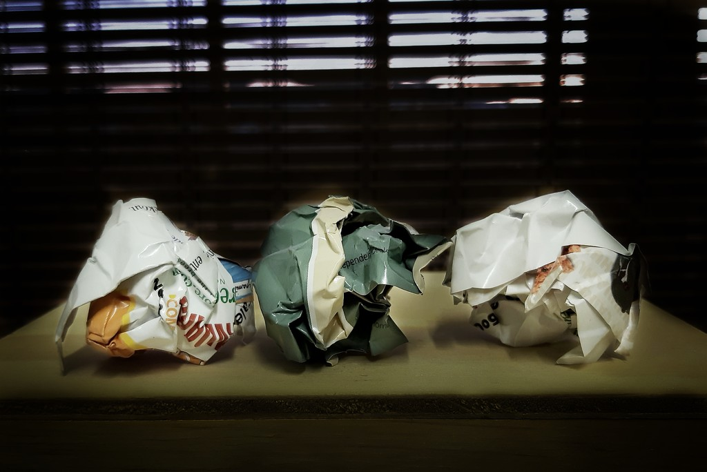 Crumpled paper  by salza
