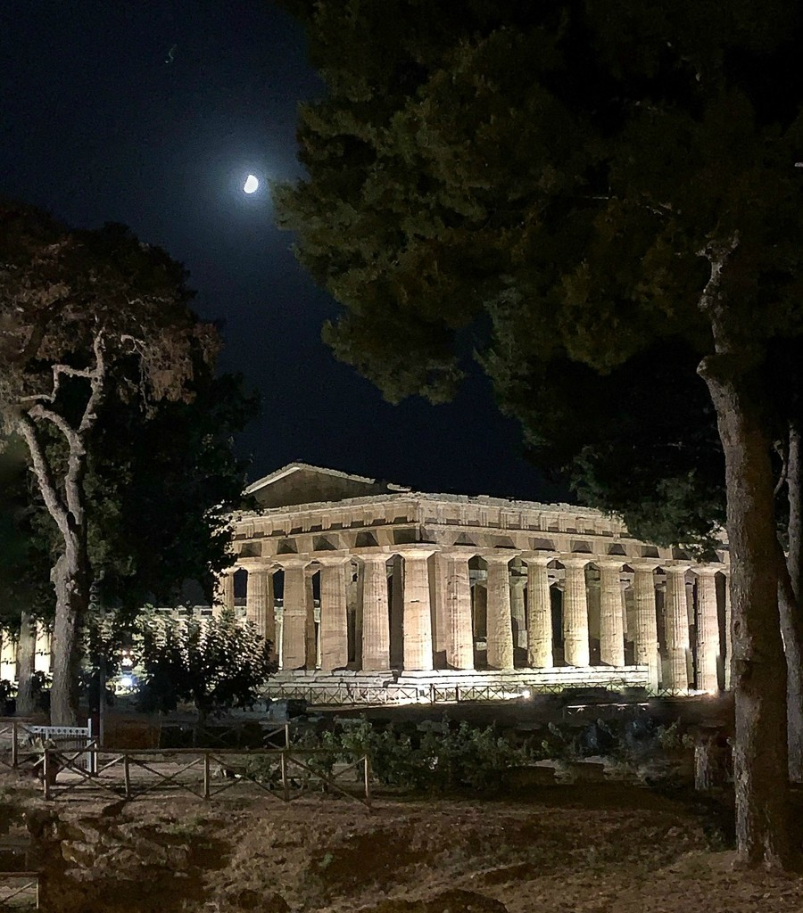 Paestum. Temple of Neptune at night by caterina