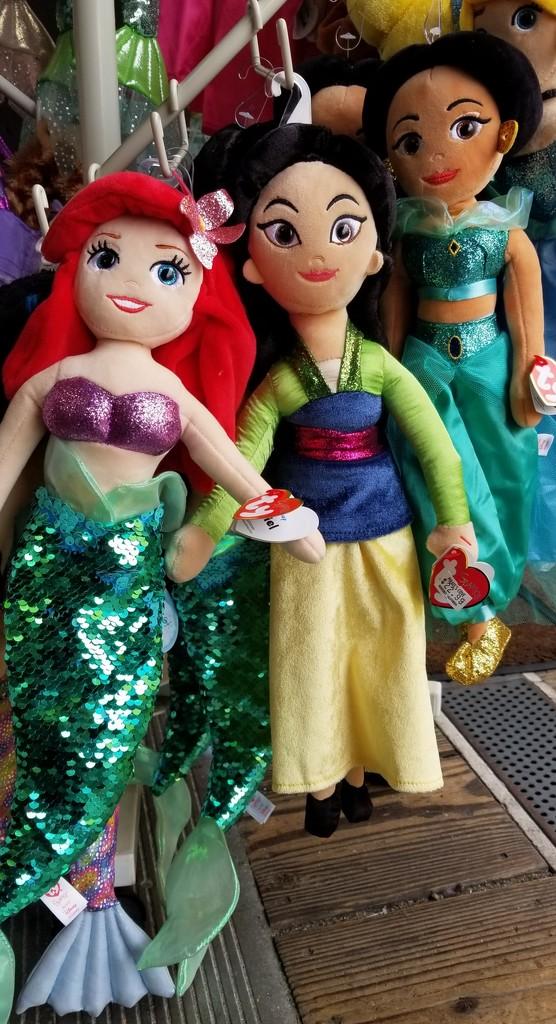 Dolls by sherimiya