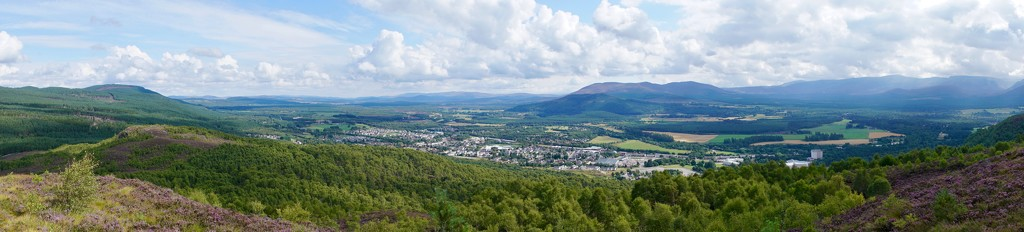 HIGH ABOVE AVIEMORE by markp