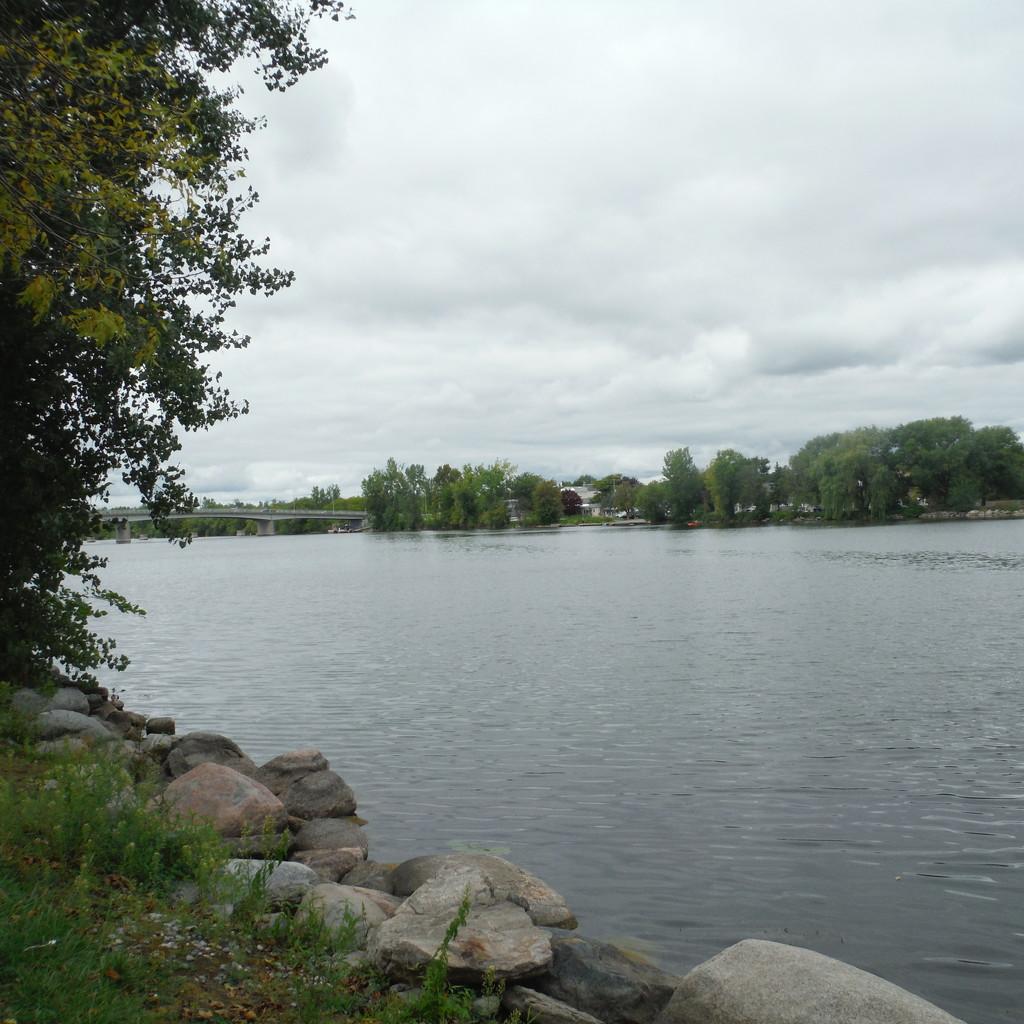 Trent River at Trenton by spanishliz