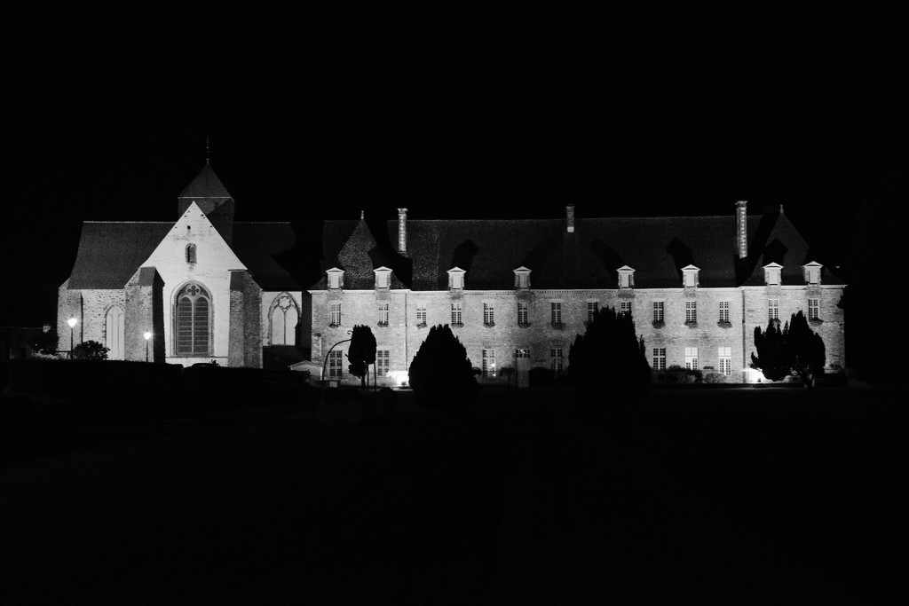 NF-SOOC-Sept-02 - Paimpont Abbey by vignouse