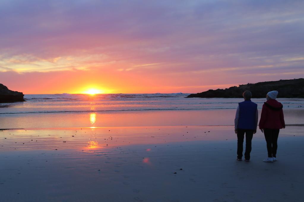 Sunset walk by gilbertwood