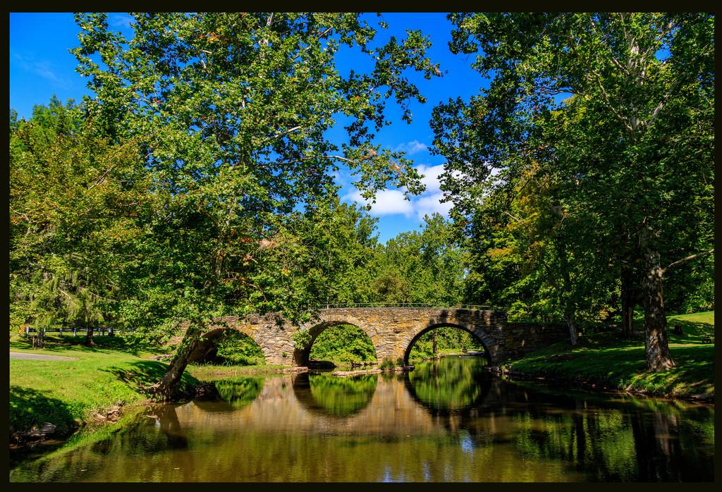 Stone Arch Bridge by hjbenson