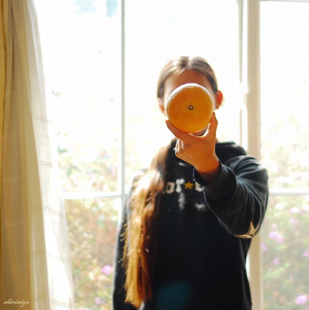 Faceless Portrait by sherimiya