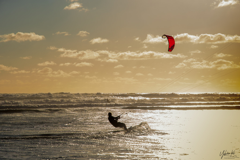 Late afternoon Kite surfing by yorkshirekiwi