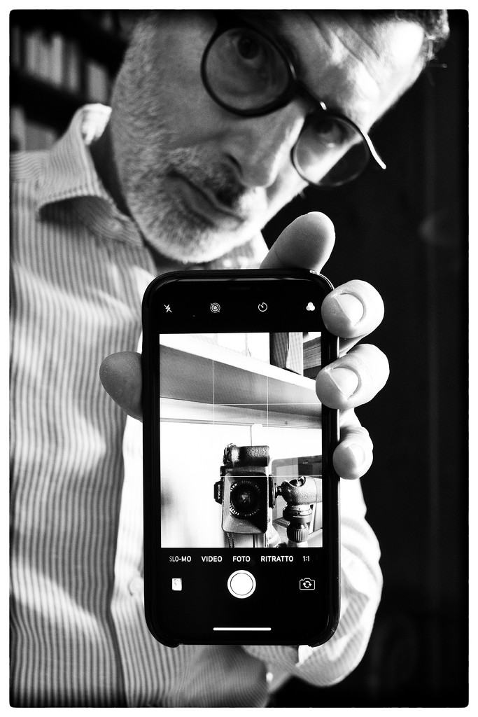 The Sony, the Leica Elmarit-R 28mm and me by domenicododaro
