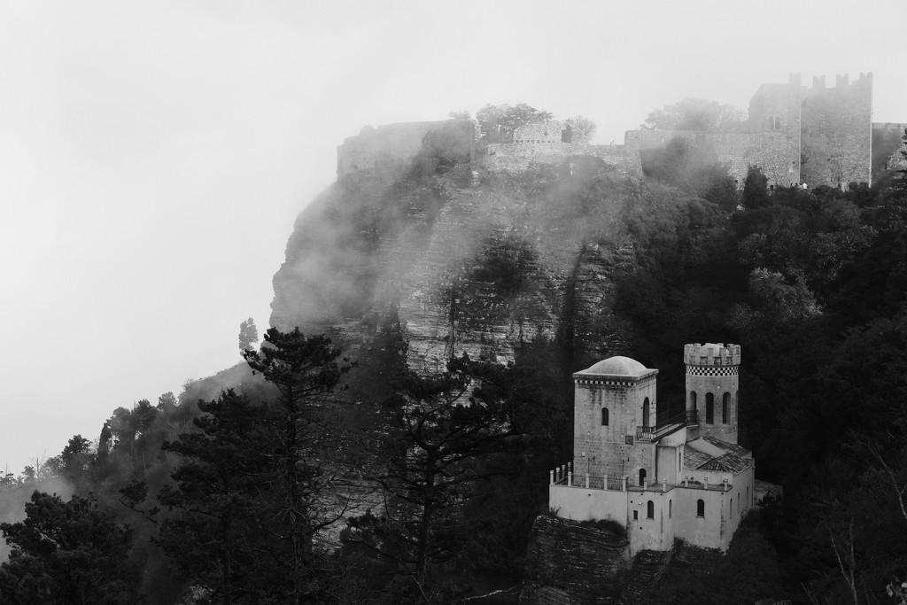 Castle in the fog by stefanotrezzi