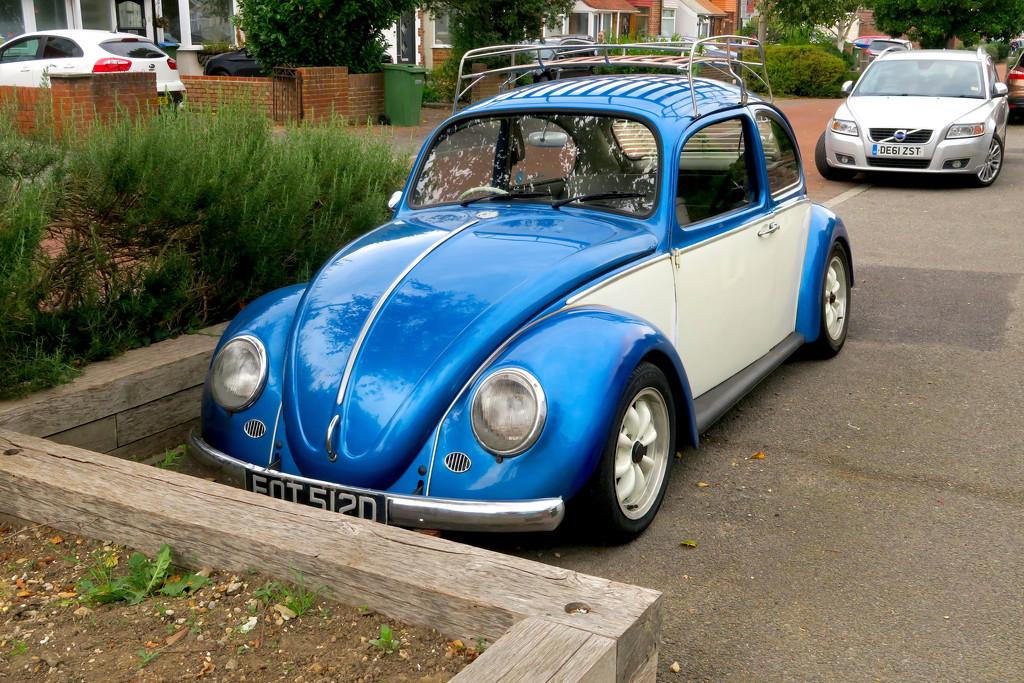 VW Beetle by davemockford