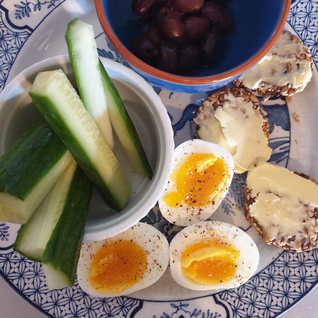 Busy day breakfast by eleanor
