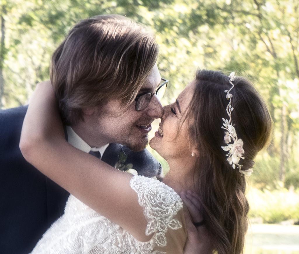 happy couple by myhrhelper