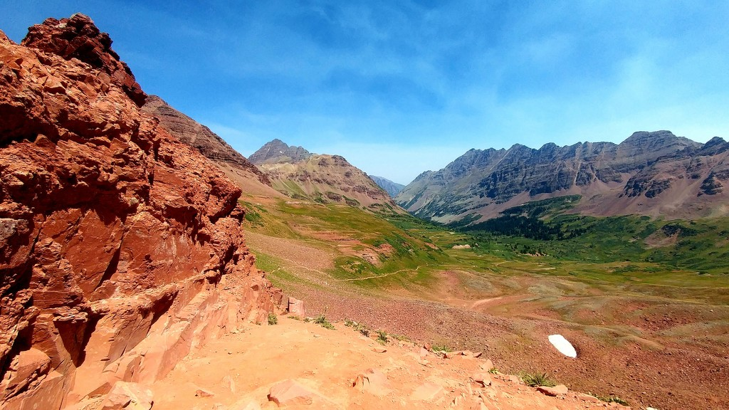 Maroon Bells by harbie