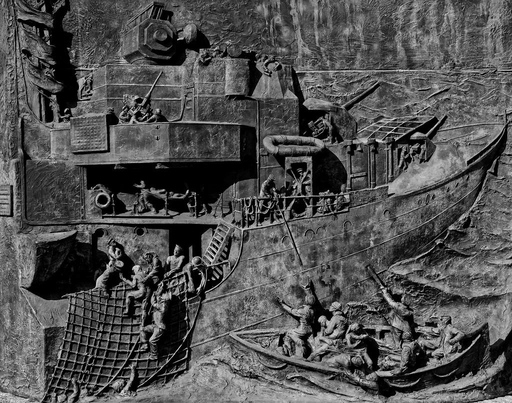 0920 - National Destroyer Monument, Chatham Docks by bob65