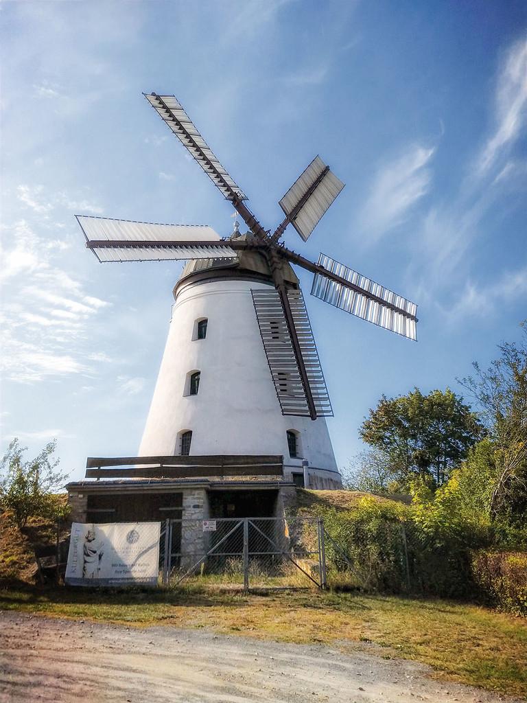 Windmill  by lastrami_