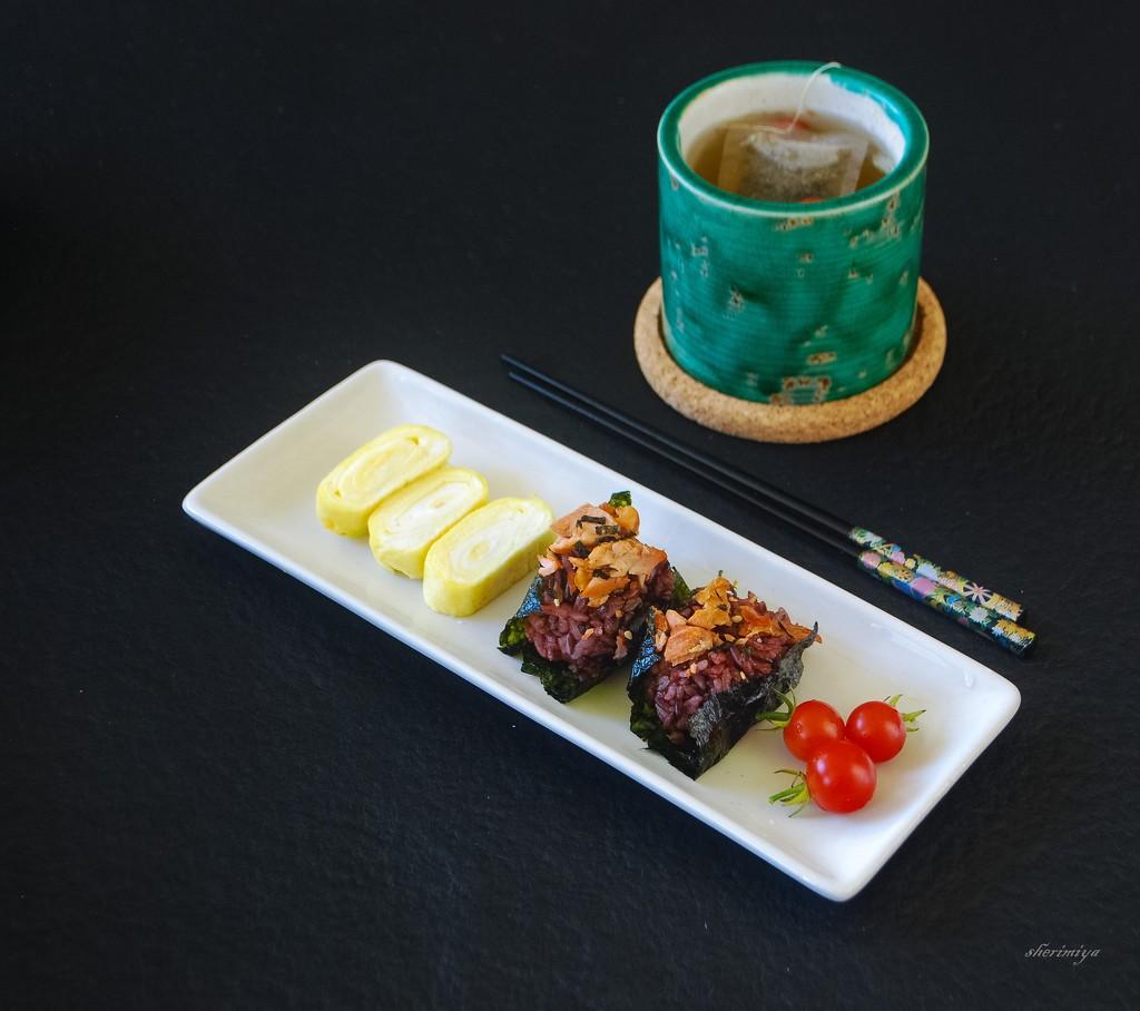 Yummy by sherimiya