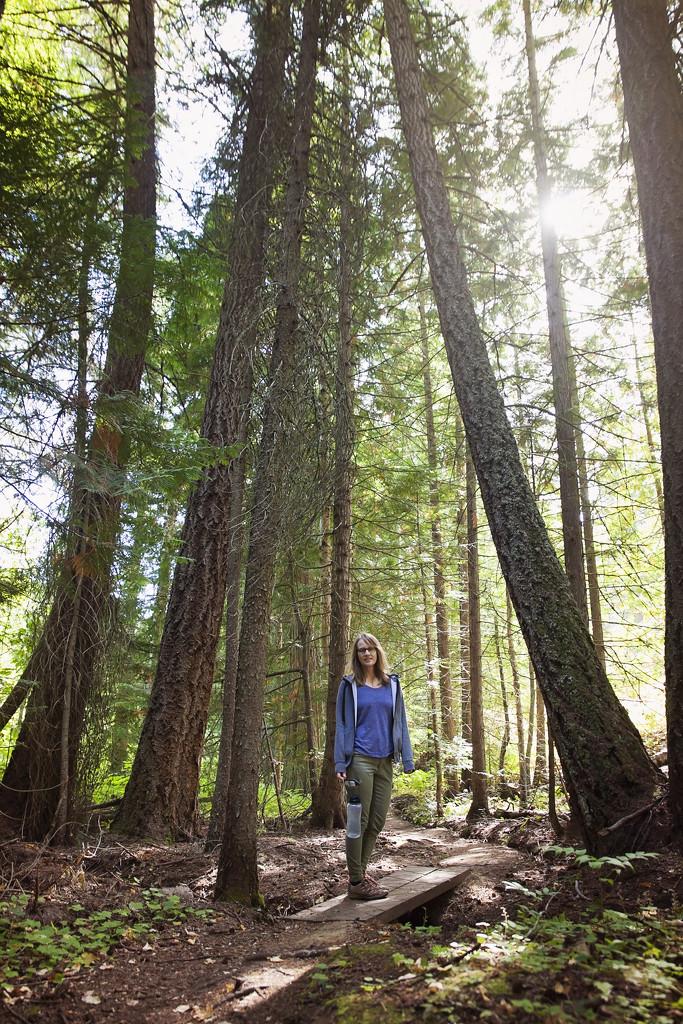 Hiking with Sara by kiwichick