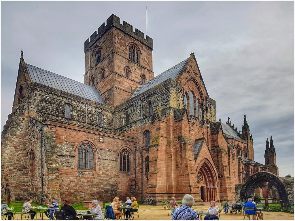 Carlisle Cathedral  by lyndamcg