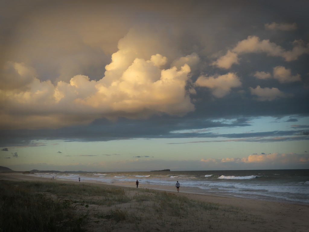 Clouds Maroochydore 2020 by loey5150