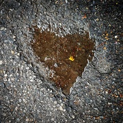 24th Sep 2020 - Heart puddle