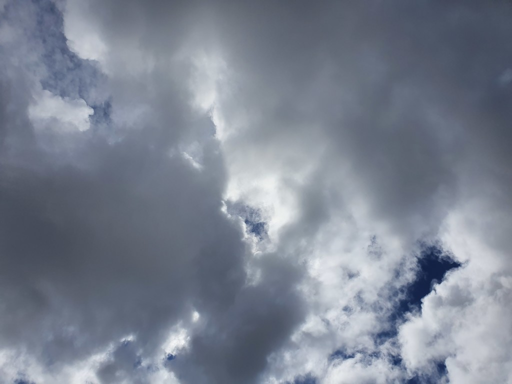 20200924_110426 sky by summeradelaide