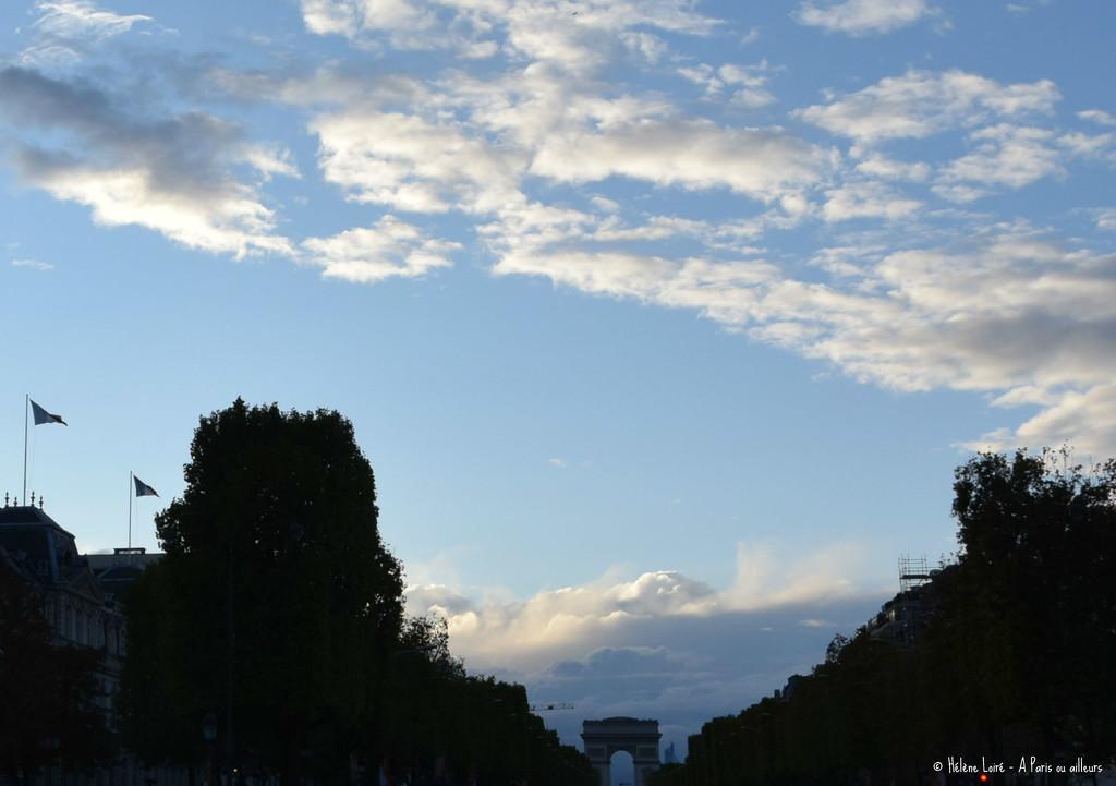 Champs Elysées by parisouailleurs