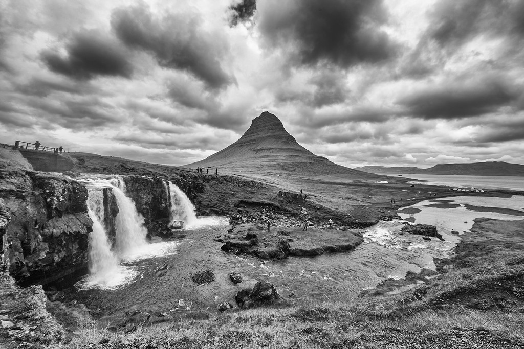 Kirkjufellsfoss Waterfall & the Lonely Mountain by pdulis