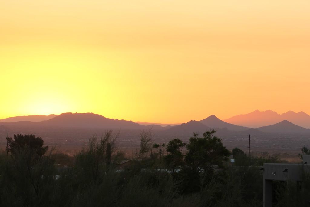 Sunrise by corinnec