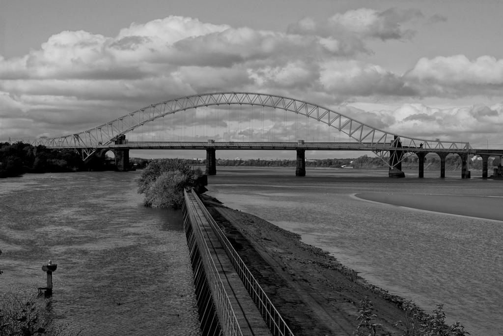 JUBILEE BRIDGE CENTRE by markp