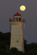 6th Oct 2020 - Moonrise at the lighthouse