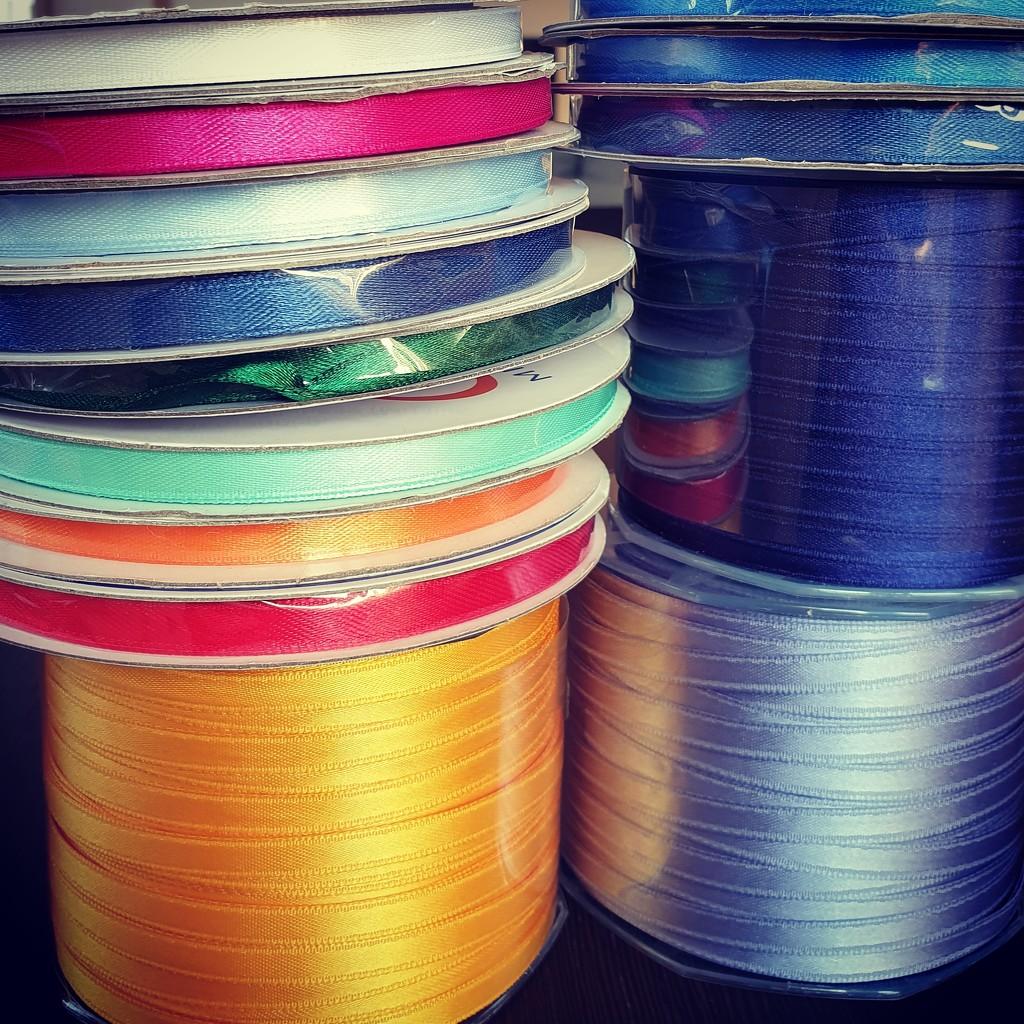 Pisotti love of colors  by giuliafiorese