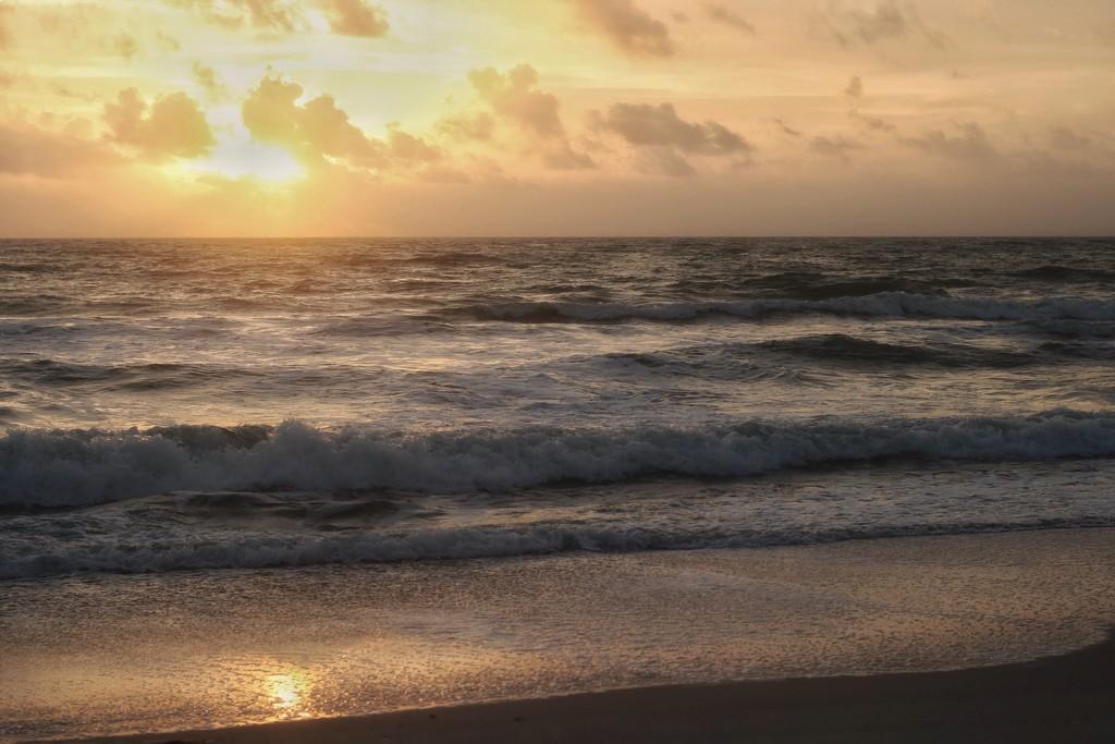 Hutchinson Island sunrise by joesweet