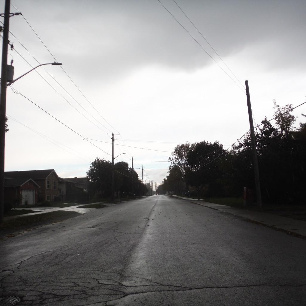 Dull, Rainy Day by spanishliz